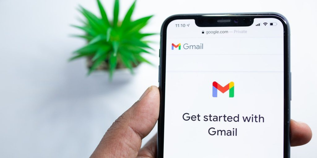 Image of Gmail on phone